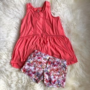 Coral Tunic Tank and Floral Zara Shorts Outfit 10